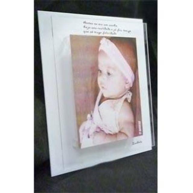 Placa sobreposta com foto impressa