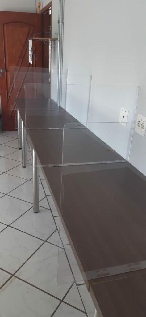 Divisória para mesa